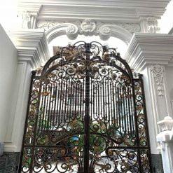 Cửa cổng sắt mỹ thuật 2 cánh quý tộc GA011