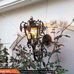 Đèn treo tường ngoài trời cổ điển LAM003
