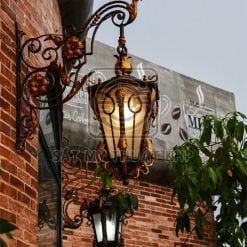 Đèn tường ngoài trời cổ điển LAM001